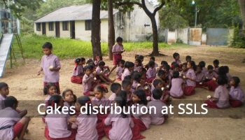 cakes-distribution-at-SSLS
